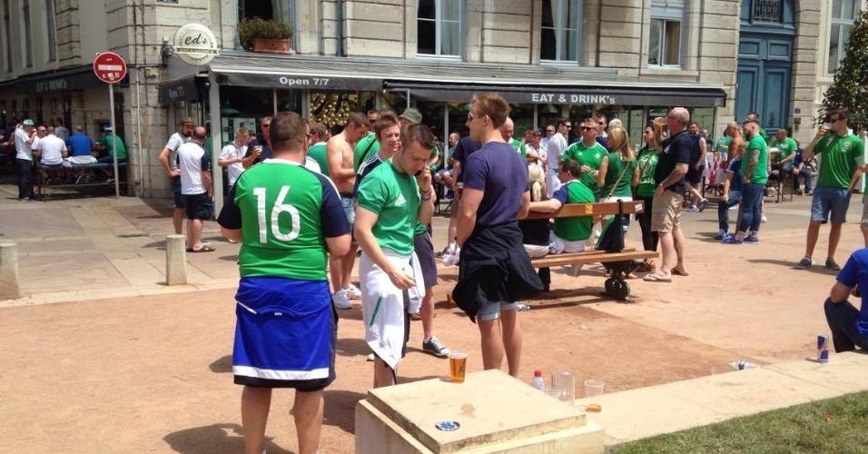 São esperados mais de 20 mil torcedores da Irlanda do Norte na cidade