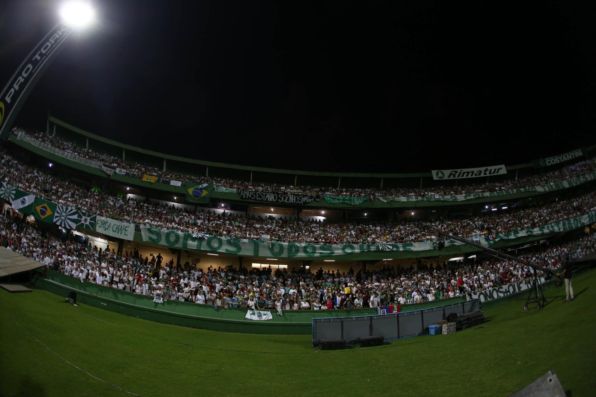 Libertadores x Rebaixamento  destino opõe