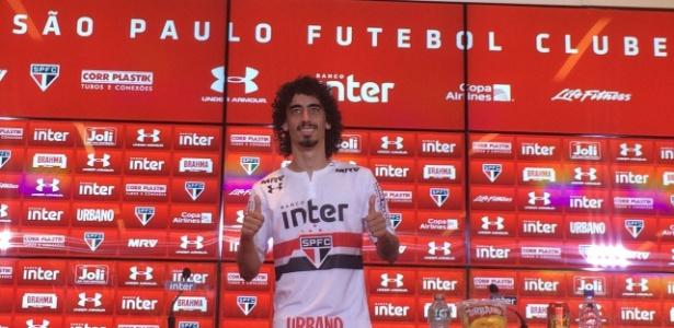 O meia atacante já treinou com os novos companheiros de São Paulo e foi apresentado nesta sexta