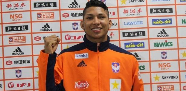 Rony viveu imbróglio no Japão, mas já tem acordo verbal com o Corinthians