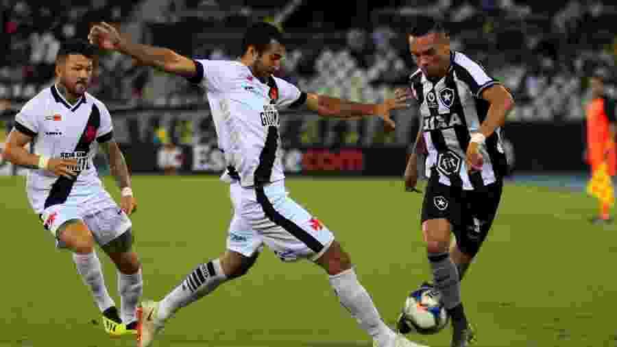 Luiz Fernando teve queda de rendimento e vinha sendo opção no banco - Jotta de Mattos/AGIF