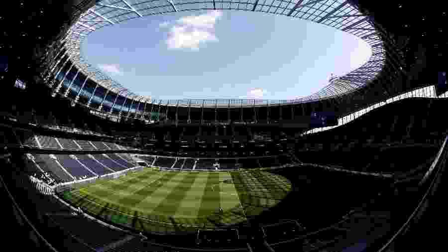 Tottenham reduziu salários de funcionários do clube, mas ainda aguarda negociação com jogadores e treinadores - David Klein/Reuters