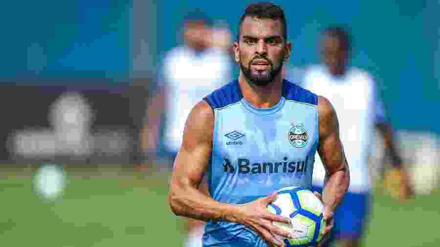 Maicon ficou fora dos jogos diante de Corinthians e Ceará, mas deve atuar em Caxias do Sul - Lucas Uebel/Grêmio