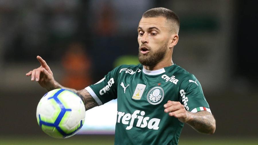 Lucas Lima em ação pelo Palmeiras contra o Cruzeiro - Cesar Greco/Ag. Palmeiras/Divulgação