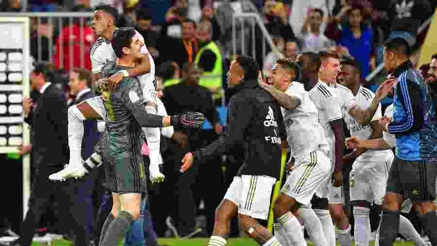 Jogadores do Real Madrid comemoram título da Supercopa da Espanha - Giuseppe CACACE / AFP