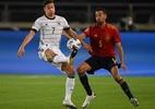 Busquets sofre lesão com a seleção espanhola e preocupa o Barcelona - Matthias Hangst/Getty Images