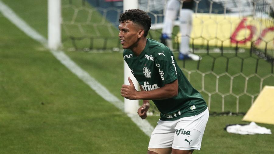 Gabriel Veron, revelação do Palmeiras, é o jogador mais valioso do Brasileirão - Ettore Chiereguini/AGIF