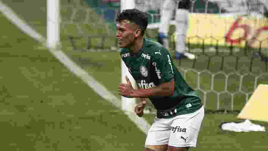 Gabriel Veron vive grande fase com a camisa do Palmeiras - Ettore Chiereguini/AGIF