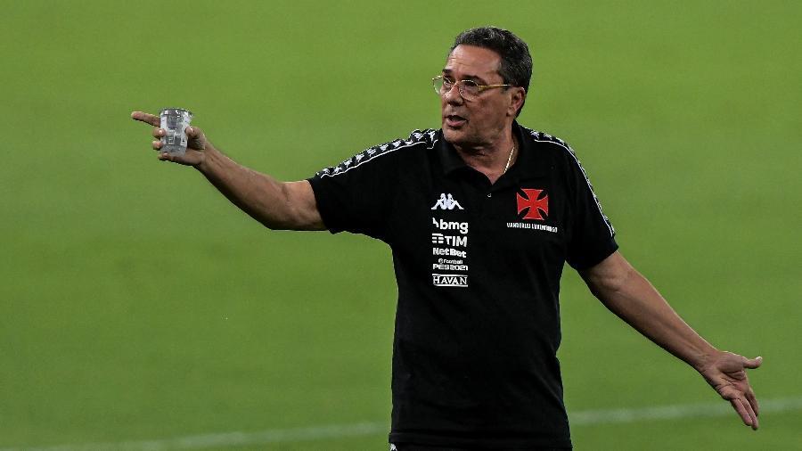 Vanderlei Luxemburgo comandará sua última partida pelo Vasco hoje, contra o Goiás, na última rodada do Brasileiro - Thiago Ribeiro/AGIF
