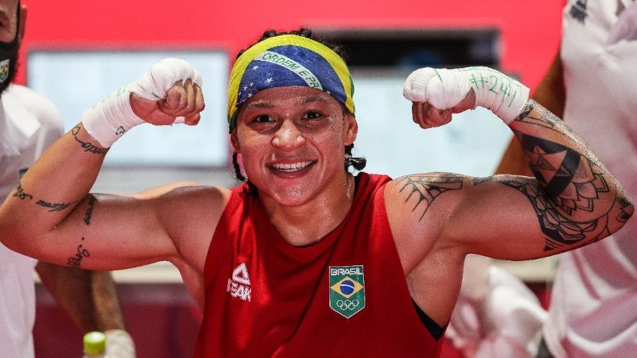 Brasileira superou Raykhona Kodirova com folga nos três rounds das quartas de final - Wander Roberto/COB