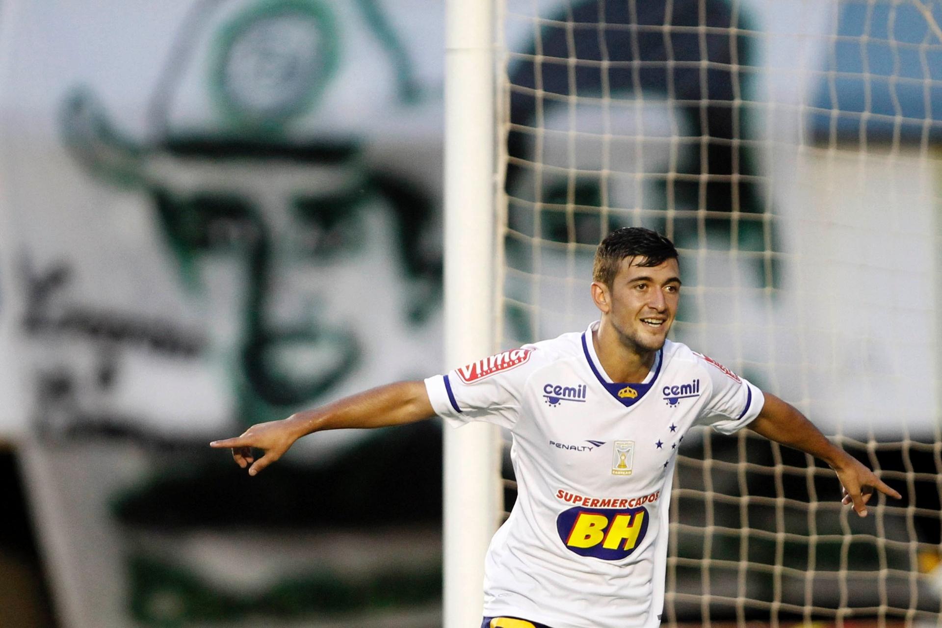 f572c556d6 Com a 10 do Cruzeiro