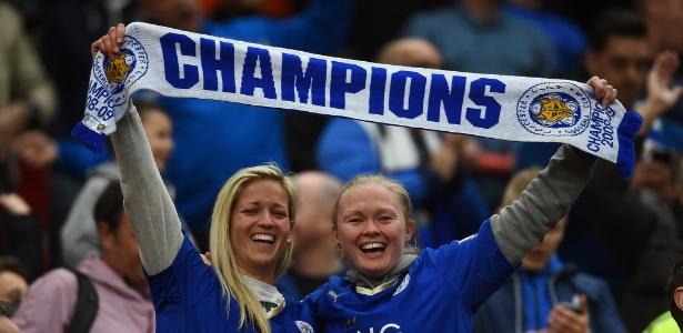 A torcida inglesa não foi a única a comemorar o impressionante feito do Leicester