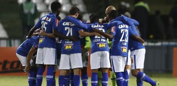 Time celeste começou mal o Brasileiro, mas Paulo Bento quer vaga na Libertadores