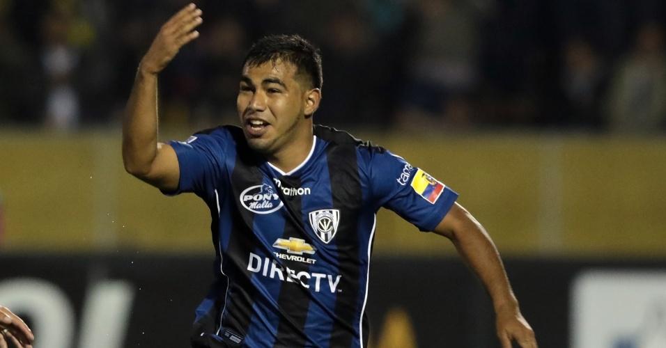 Junior Sornoza (d) de Independiente del Valle