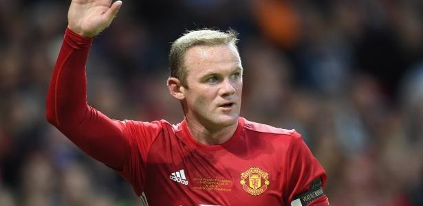 Para liberar Rooney, o United quer que atleta abra mão dos salários que teria até 2019