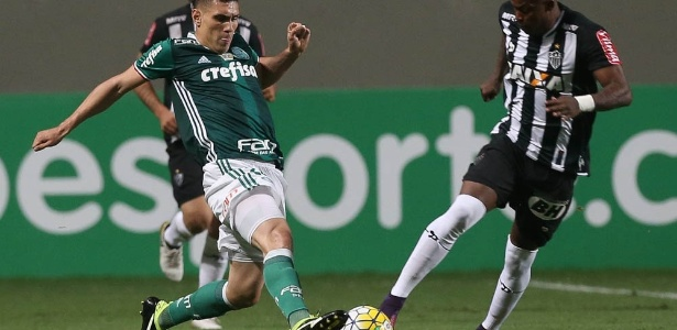 Moisés nega qualquer chance de o Palmeiras demonstrar soberba diante da Chapecoense - Cesar Greco/Fotoarena