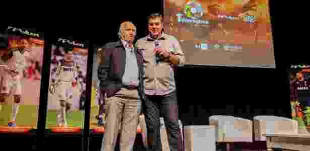 Os ex-goleiros Valdir Joaquim de Moraes e Zetti durante palestra - Divulgação/Poker
