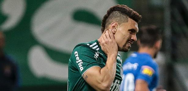 Moisés, do Palmeiras, enfrenta o Cruzeiro na Copa do Brasil - Ale Cabral/AGIF
