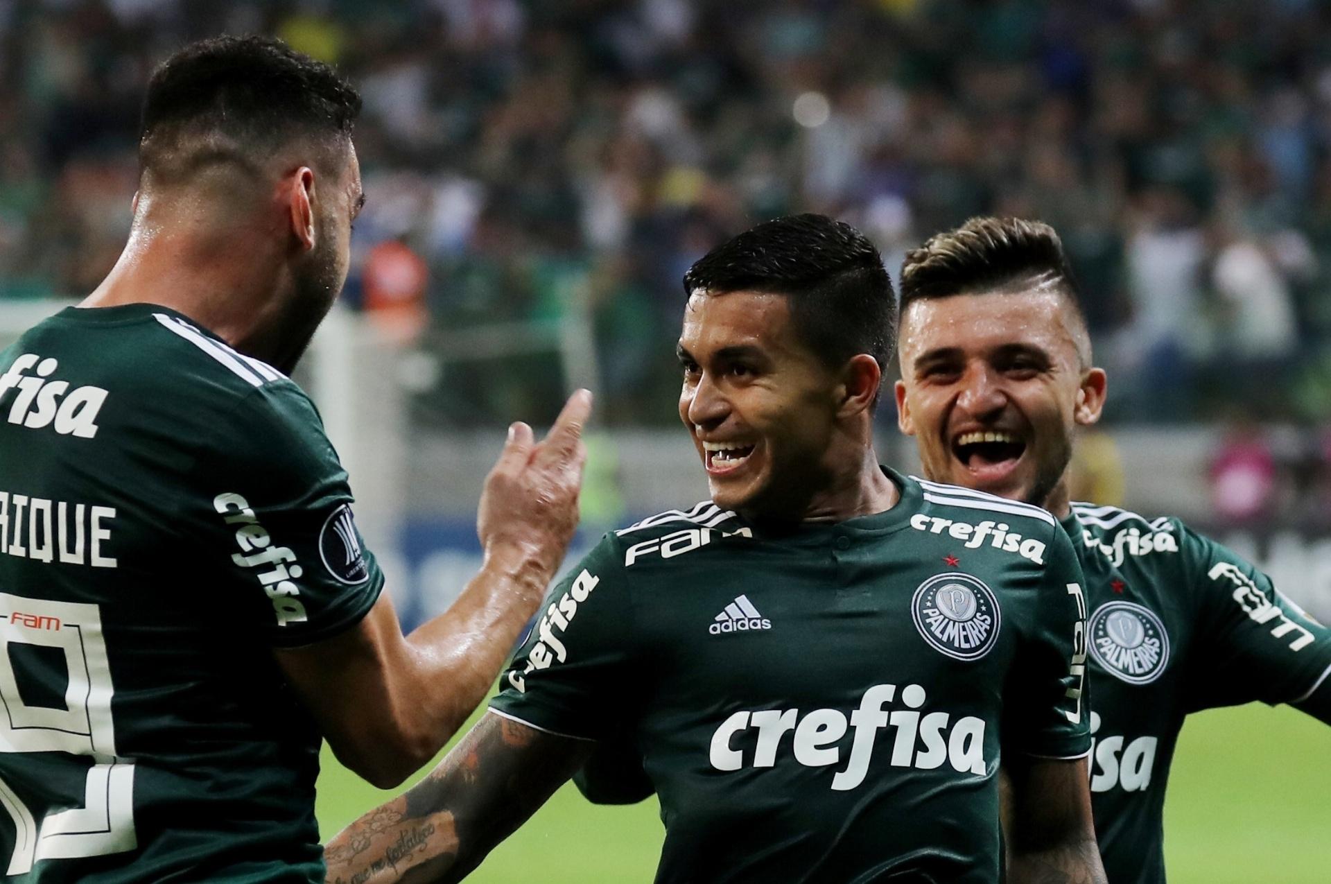 68c5bf68e3 Palmeiras despacha Colo-Colo com show de Dudu e volta à semi após 17 anos -  03 10 2018 - UOL Esporte