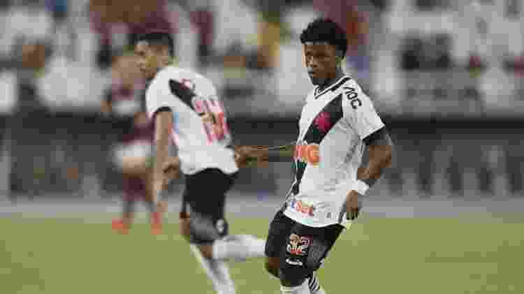 Lucas Santos em ação pelo Vasco no primeiro jogo da final do Campeonato Carioca contra o Flamengo - Rafael Ribeiro / Site oficial do Vasco - Rafael Ribeiro / Site oficial do Vasco