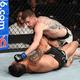Raphael Assunção é anulado por americano e se distancia de cinturão do UFC