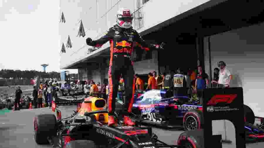 Max Verstappen comemora vitória no Grande Prêmio do Brasil de 2019 - Ricardo Moraes/Reuters