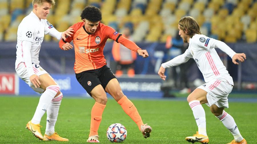 Real Madrid perdeu para o Shakhtar Donetsk  por 2 a 0 - SERGEI SUPINSKY/AFP