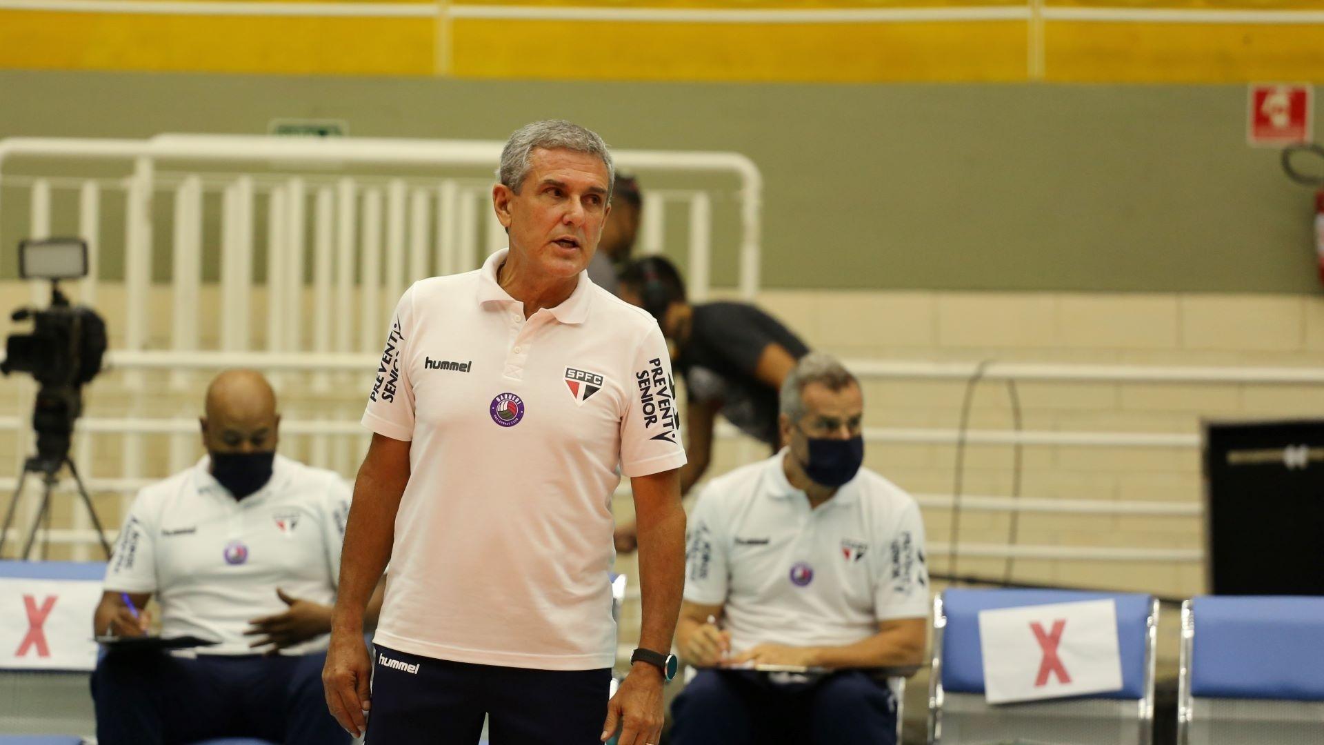 José Roberto Guimarães, técnico do São Paulo/Barueri