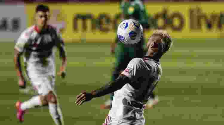 Liziero, durante a partida entre São Paulo e Cuiabá - Ettore Chiereguini/AGIF - Ettore Chiereguini/AGIF