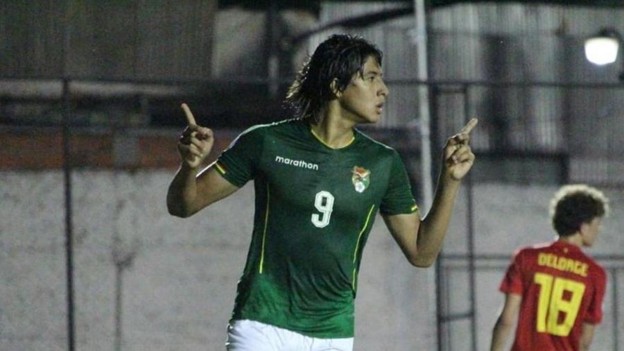 """Rhenzo Alcon: """"Sósia"""" de Marcelo Moreno é atacante do Botafogo no sub-17 e também joga na Bolívia naturalizado - Reprodução / Instagram"""