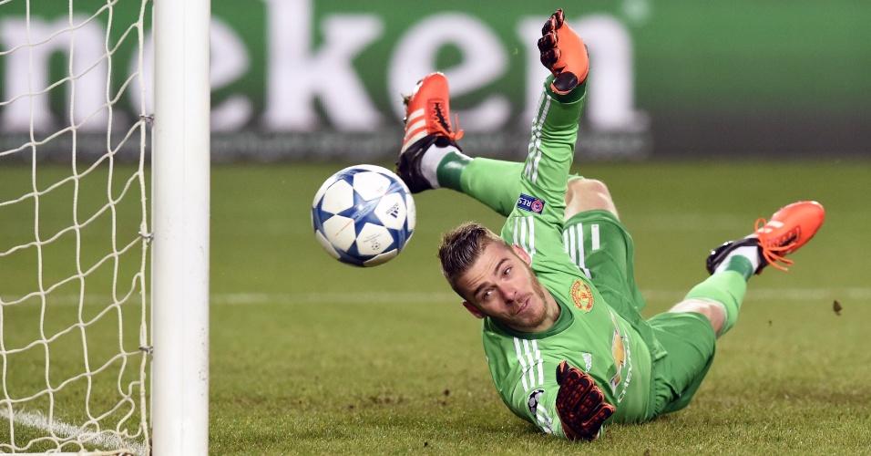De Gea não consegue defender cobrança de Doumbia, que abriu o placar para o CSKA contra o Manchester United pela Liga dos Campeões