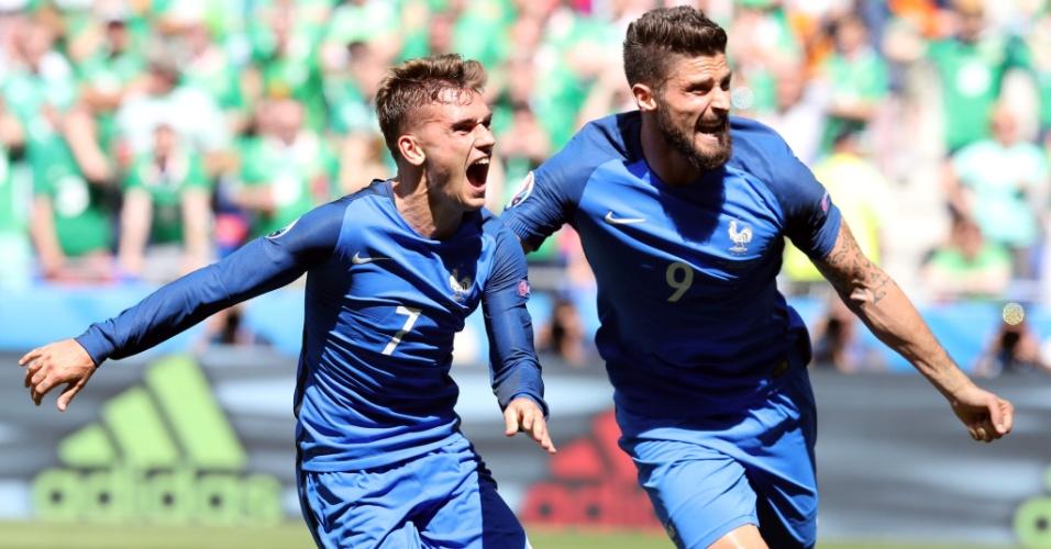 Griezmann e Giroud comemoram a virada da França sobre a Irlanda