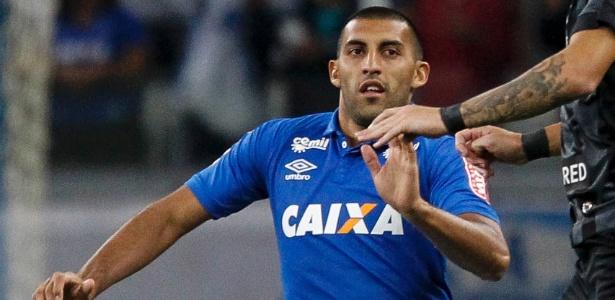 Ramón Ábila pode deixar o Cruzeiro na atual temporada