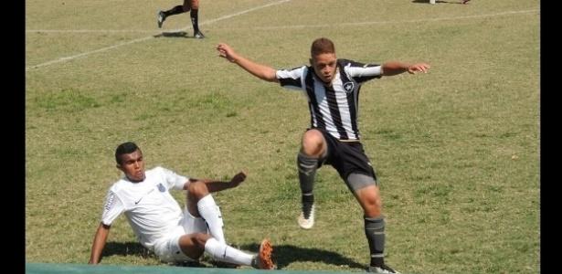 jovem atleta pediu desculpas ao Botafogo após ter contrato rescindido pelo clube
