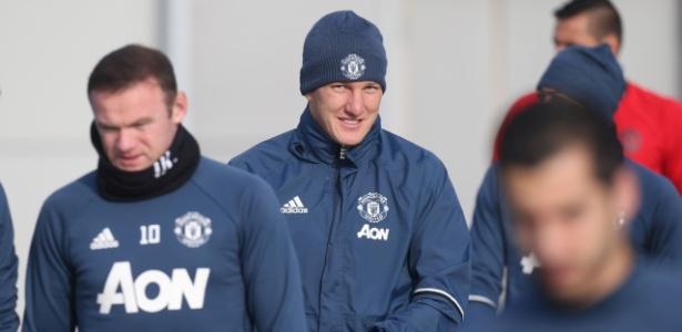 Schweinsteiger está fora dos planos de José Mourinho no Manchester United