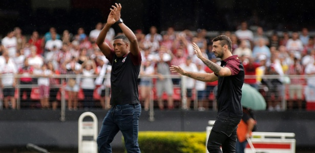 Jucilei e Pratto foram apresentados antes da partida contra a Ponte