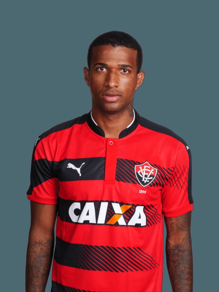 Renê Santos, zagueiro do Vitória