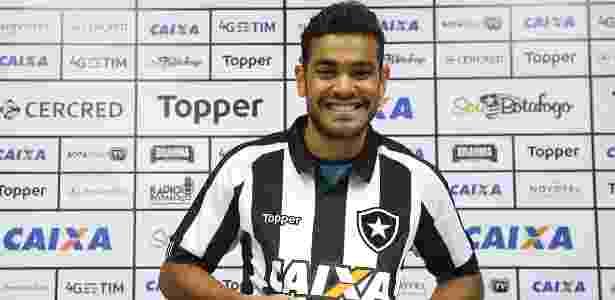 Brenner foi apresentado no Botafogo nesta quinta-feira e fará estreia contra o São Paulo no sábado - Vítor Silva/SSPress/Botafogo