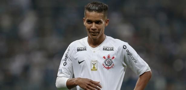 Pedrinho vai desfalcar o Corinthians na partida decisiva contra a Chapecoense