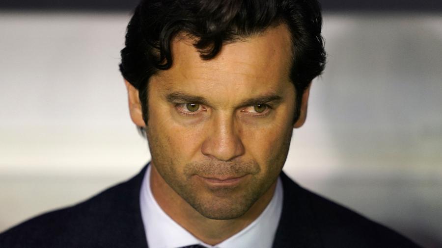 Santiago Solari está pressionado no comando do Real Madrid - Cesar Manso/AFP