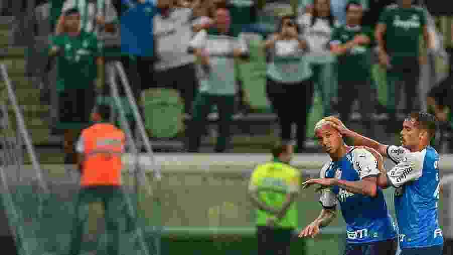 Deyverson comemora gol do Palmeiras contra o Melgar - Ale Cabral/AGIF