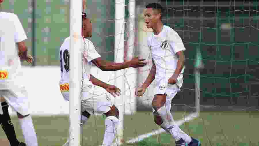 Allanzinho comemora gol pelo sub-20 do Santos - Pedro Ernesto Guerra Azevedo/Santos FC