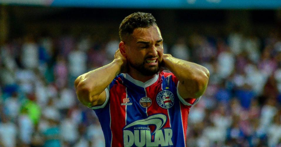 Gilberto lamenta gol perdido contra o CSA