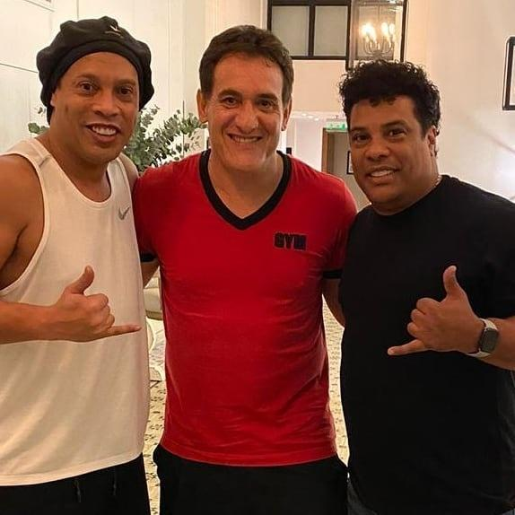 Ronaldinho recebeu visita de Gamarra no Paraguai
