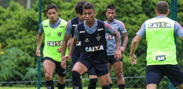 Marcos Rocha em treino do Atlético-MG