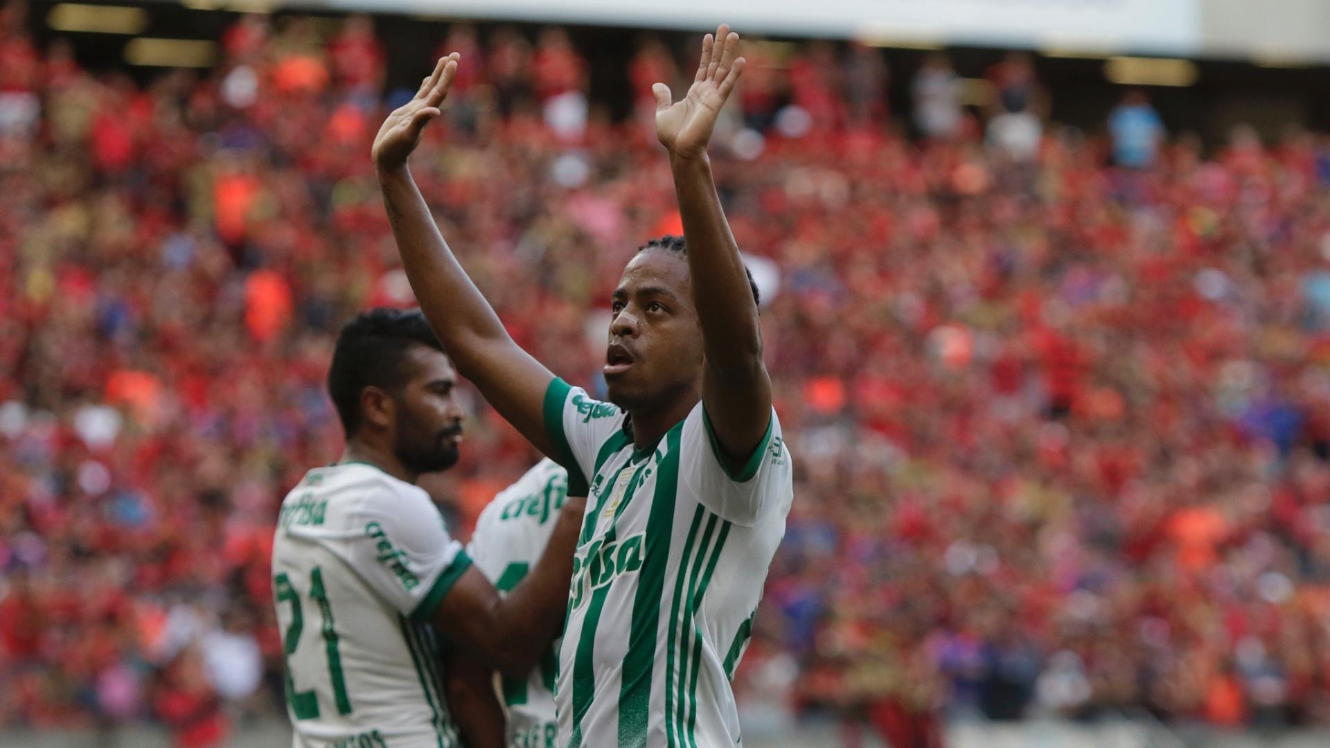 Keno marcou o segundo gol do Palmeiras sobre o Sport na Arena Pernambuco