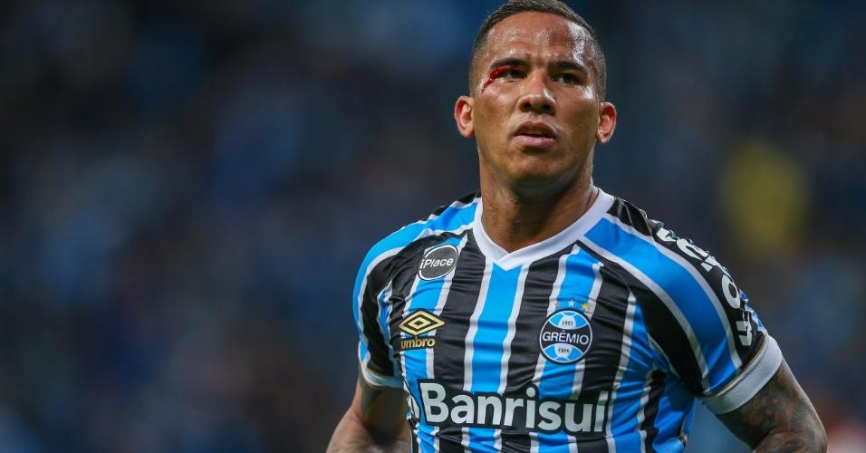Jael, sangrando, comemora gol do Grêmio contra o Flamengo pelo Campeonato Brasileiro 2018