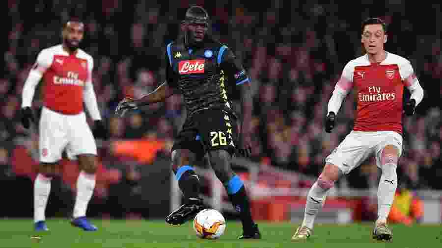 Kalidou Koulibaly é um dos principais desejos do City para a próxima temporada - Ben Stansall/AFP