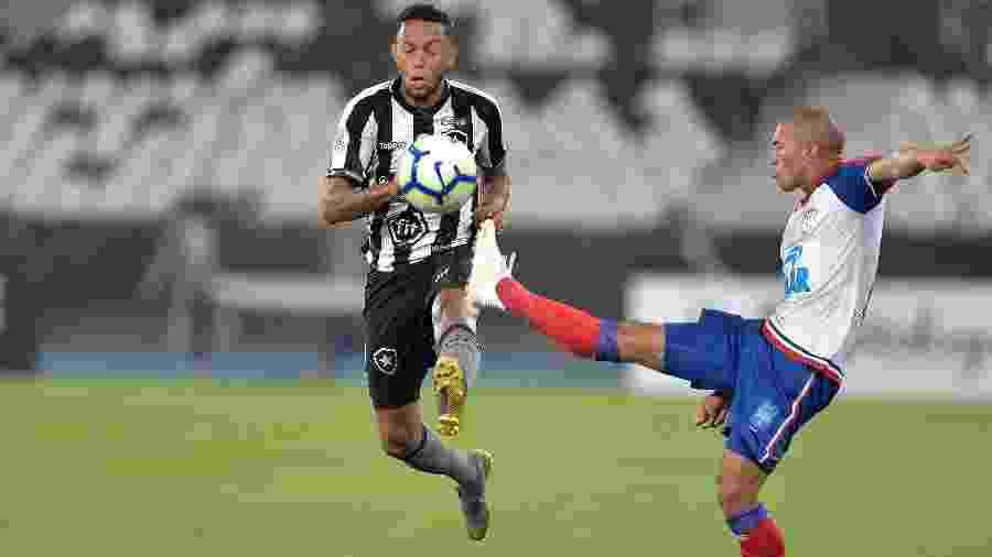 Botafogo levou a melhor no primeiro turno e venceu por 3 a 2 no Engenhão - Thiago Ribeiro/AGIF