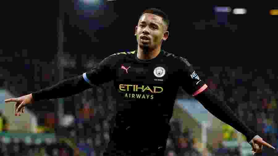 Gabriel Jesus comemora gol do Manchester City contra o Burnley -  REUTERS/Andrew Yates